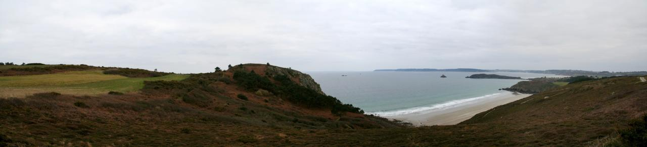 Pointe du Guern et la plage du Poul